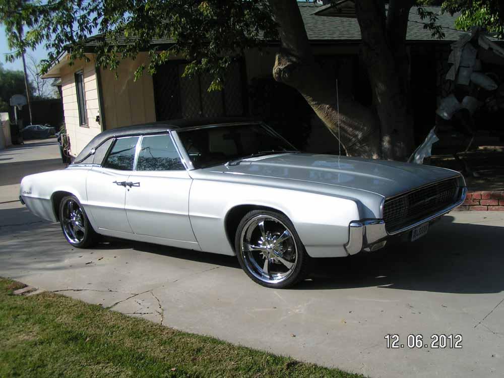 1967 Ford Thunderbird Custom