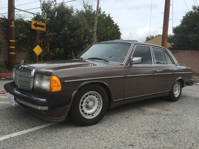 Classic car auctions for Mercedes benz cool springs